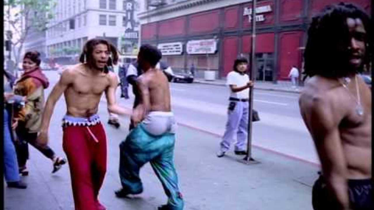 The Pharcyde - Drop (directed by Spike Jonze)