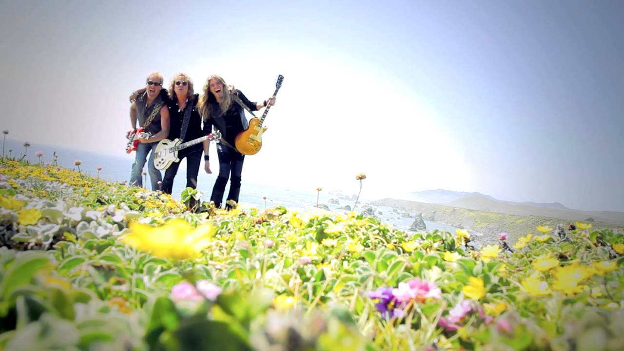 Night Ranger - Growin' Up In California (Official Video)