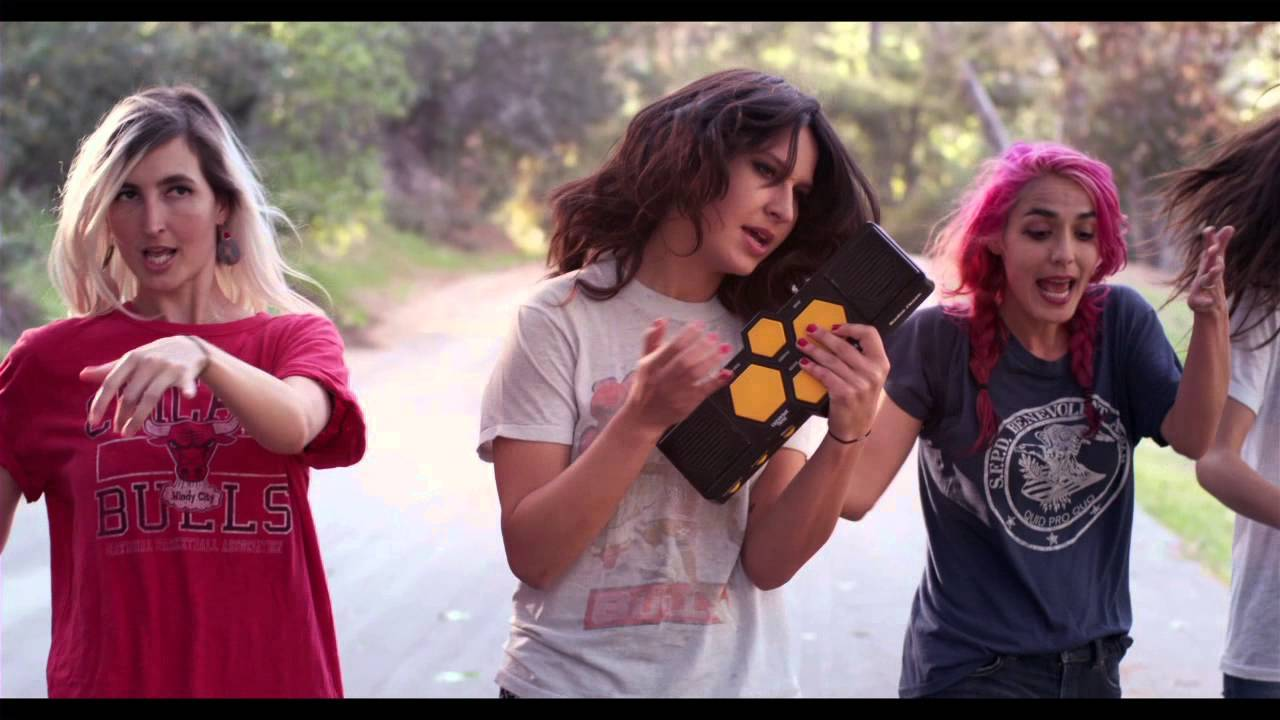 Warpaint - Disco//Very - Keep It Healthy (Official Video)